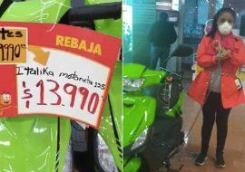 Se encadena para que le vendan moto en 14 pesos, ¡se equivocaron en precio!